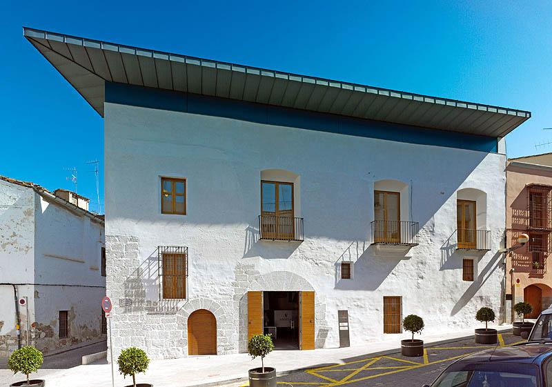 Arav 07 rehabilitaci n de la antigua casa del mestre pe a - Rehabilitacion de casas antiguas ...